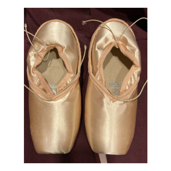 Freed Pointe Shoes, Classic Pro
